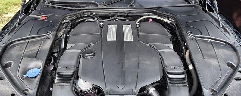 汽车开一会就水箱高温