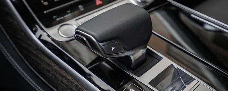 字母r是什么车的标志