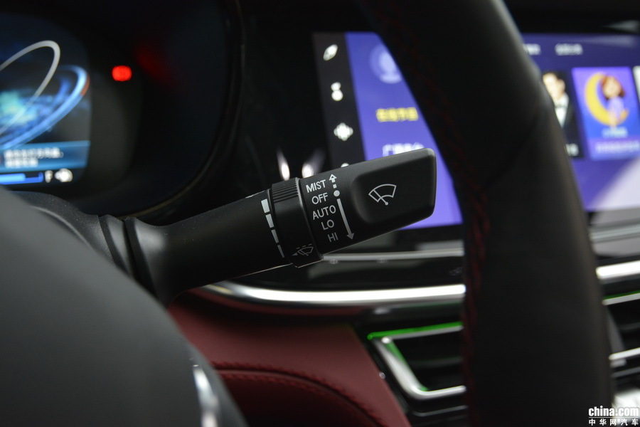 长安CS85 Coupe 2019款 2.0T 智版 内饰