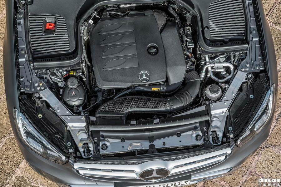 将于日内瓦车展亮相 中期改款奔驰GLC官图发布