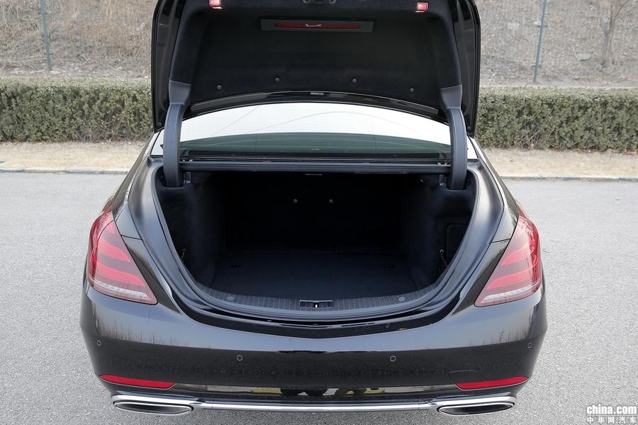 奔驰S级 2019款 S 320 L 空间