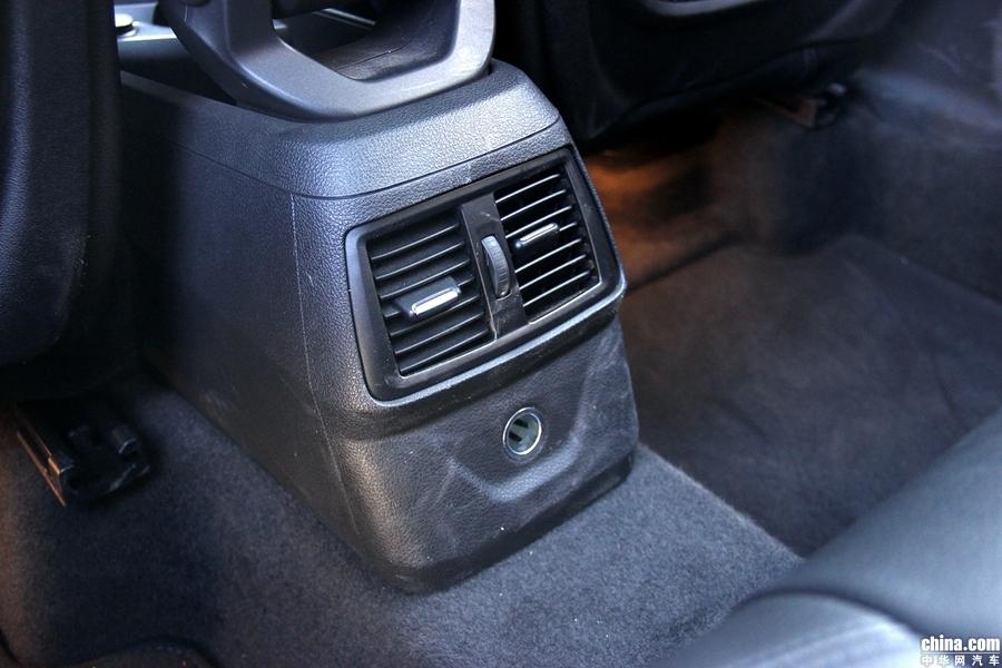 宝马2系旅行车 2018款 218i 尊享型运动套装 空间