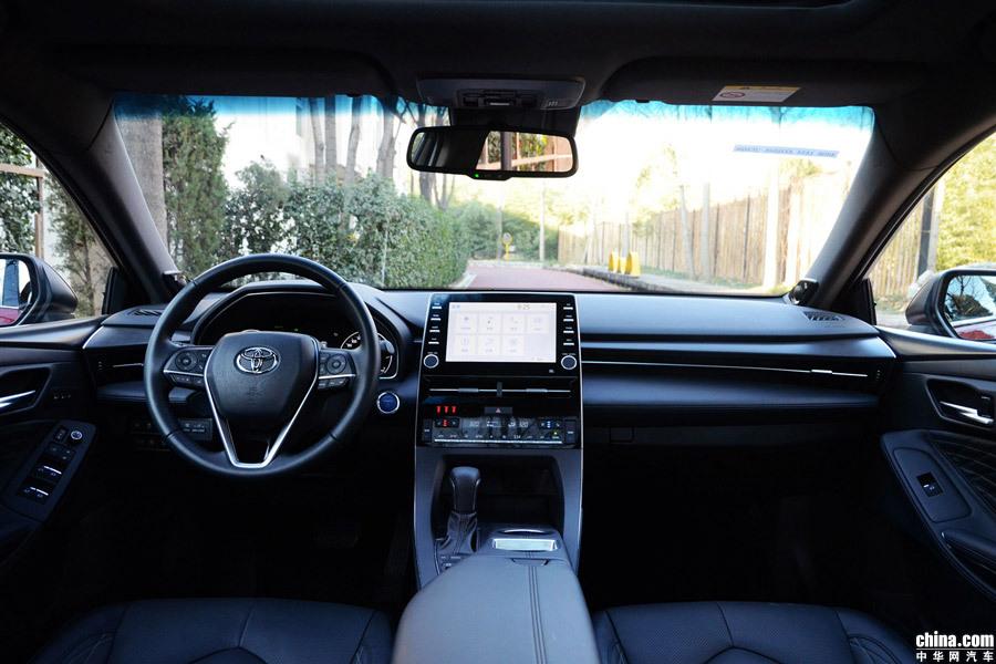 豪华版名副其实 一汽丰田亚洲龙双擎版购车推荐