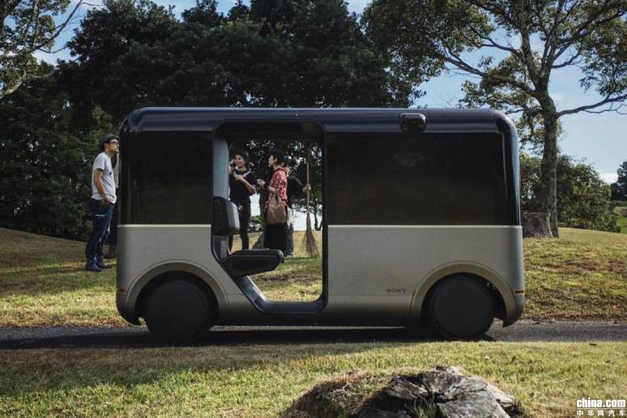 车内VR体验/4K数字标牌 索尼测试无人驾驶概念车