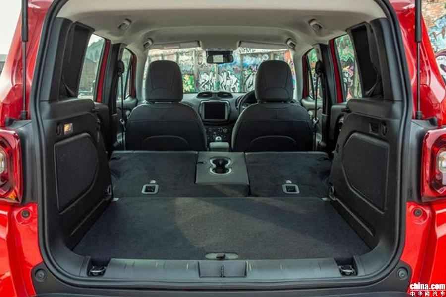 起售价14.06万元 Jeep全新自由侠海外开售