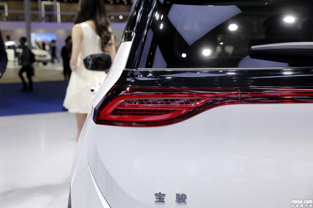 宝骏RS-5 2019款 1.5T 超级互联手动版 外观
