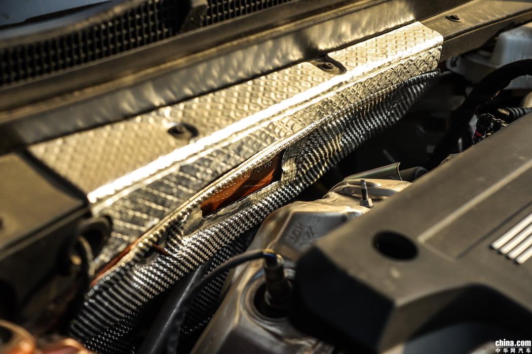 凯迪拉克XT4 2018款 28T 四驱铂金运动 外观