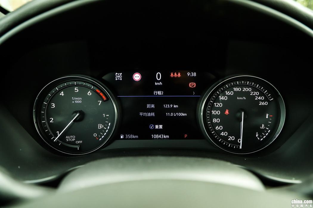 凯迪拉克XT4 2018款 28T 四驱铂金运动 内饰