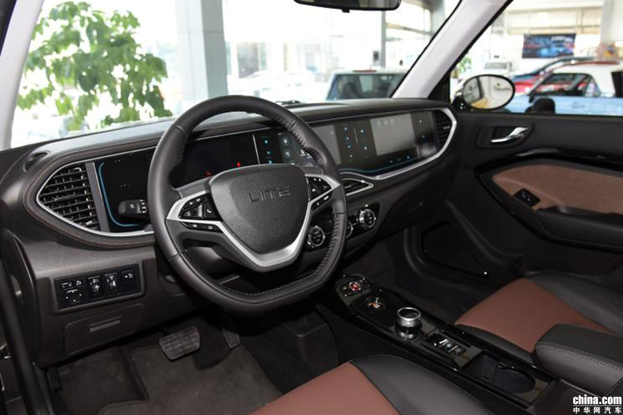 女神专属座驾 北汽新能源LITE-R300正式上市