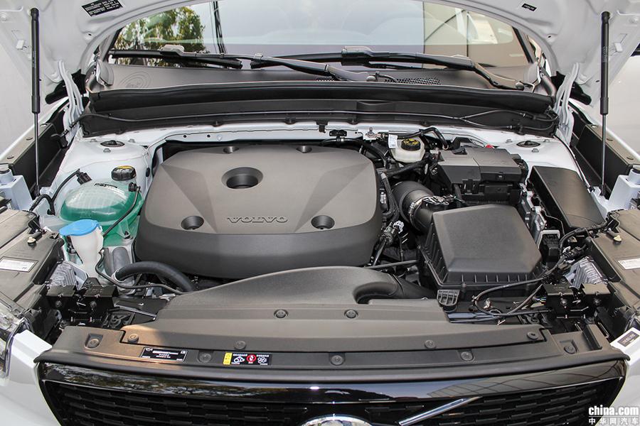 指导售价26.48-38.58万 国产沃尔沃XC40上市