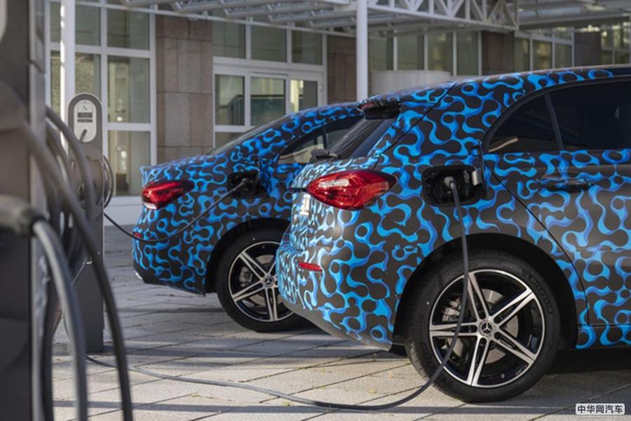 纯电模式续航里程60km 奔驰A级插混车型最新消息