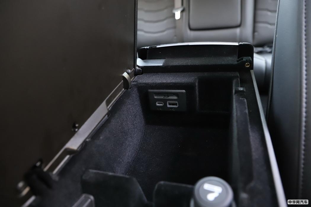 凯迪拉克CT6 2019款 28T 领先运动型 内饰