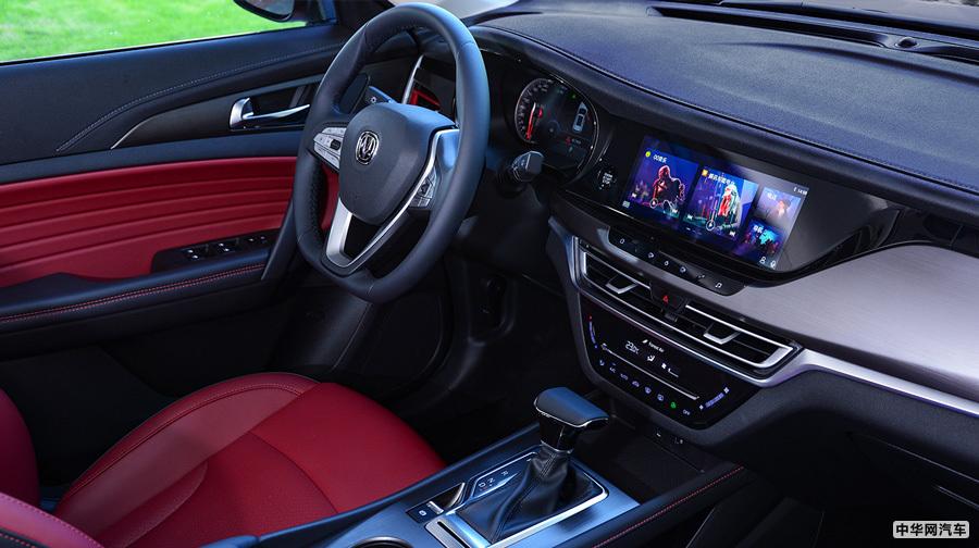 8.99万元起售 长安逸动/CS35 PLUS 1.4T车型上市