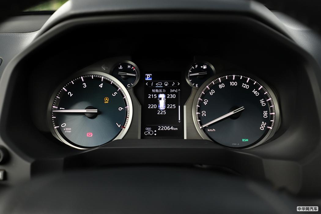 普拉多  2018款 3.5L 自动VX NAVI后挂 内饰