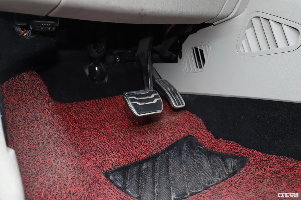 锐界 2019款 EcoBoost 245 四驱ST-Line 7座 内饰