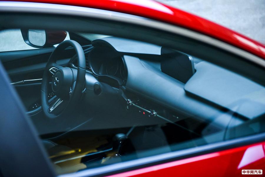 没有两厢版也没有压燃机 新马自达3卖点何在?