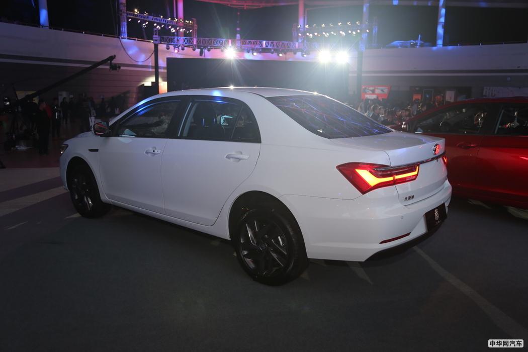 售价6.49万元起 比亚迪全新秦/全新秦EV上市