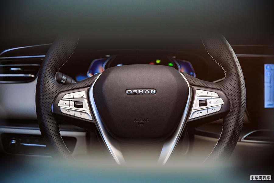 同门兄弟相见欢 爆款长安欧尚X7新增EV车型