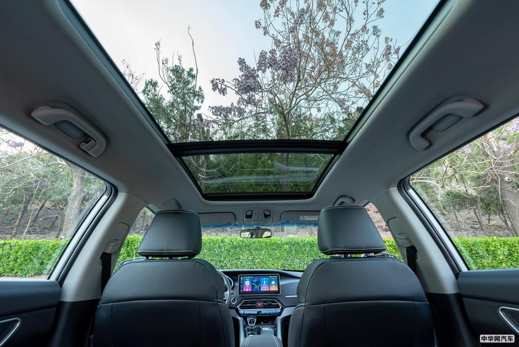 售8.28-11.28万 江淮3.0时代首款SUV嘉悦X7上市