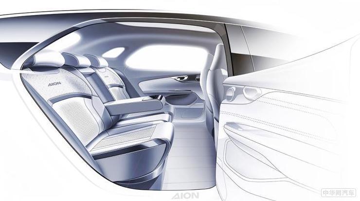 最高续航600km 广汽首款电动车Aion V今日预售