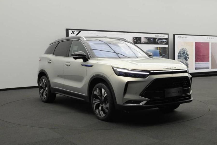 将于5月下旬预售 北京汽车BEIJING-X7正式亮相