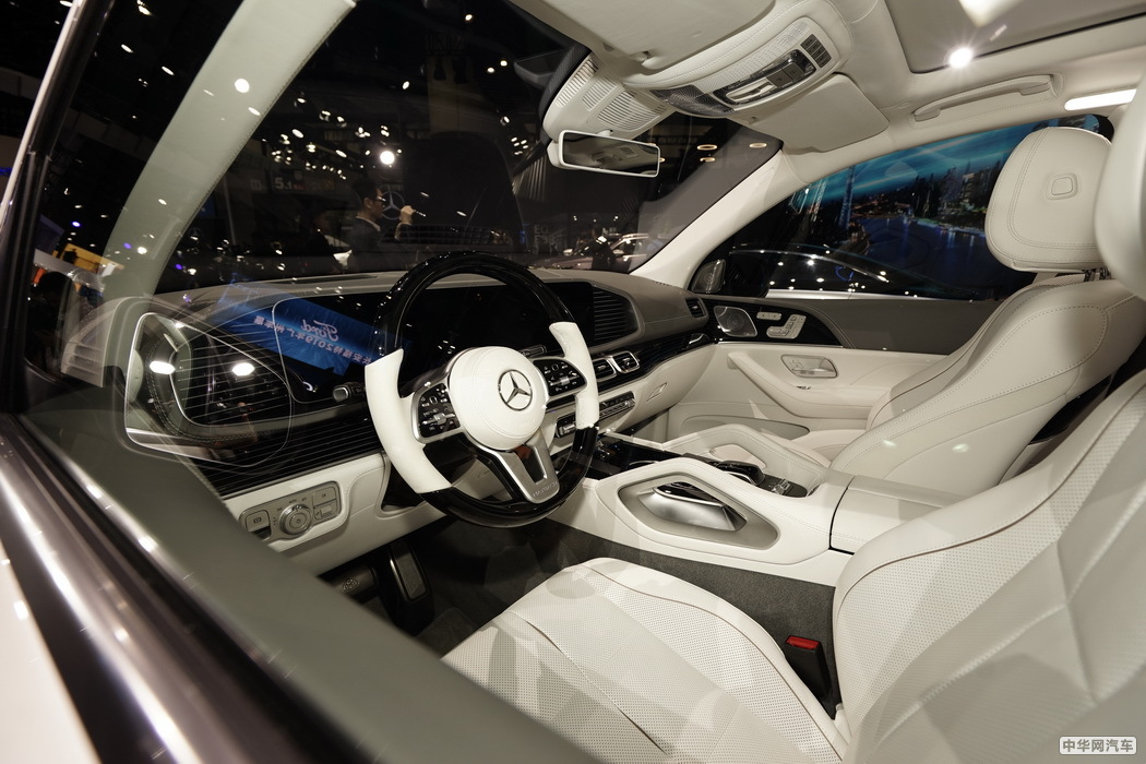 奔驰GLS 2020款 GLS 450 4MATIC豪华型 组图