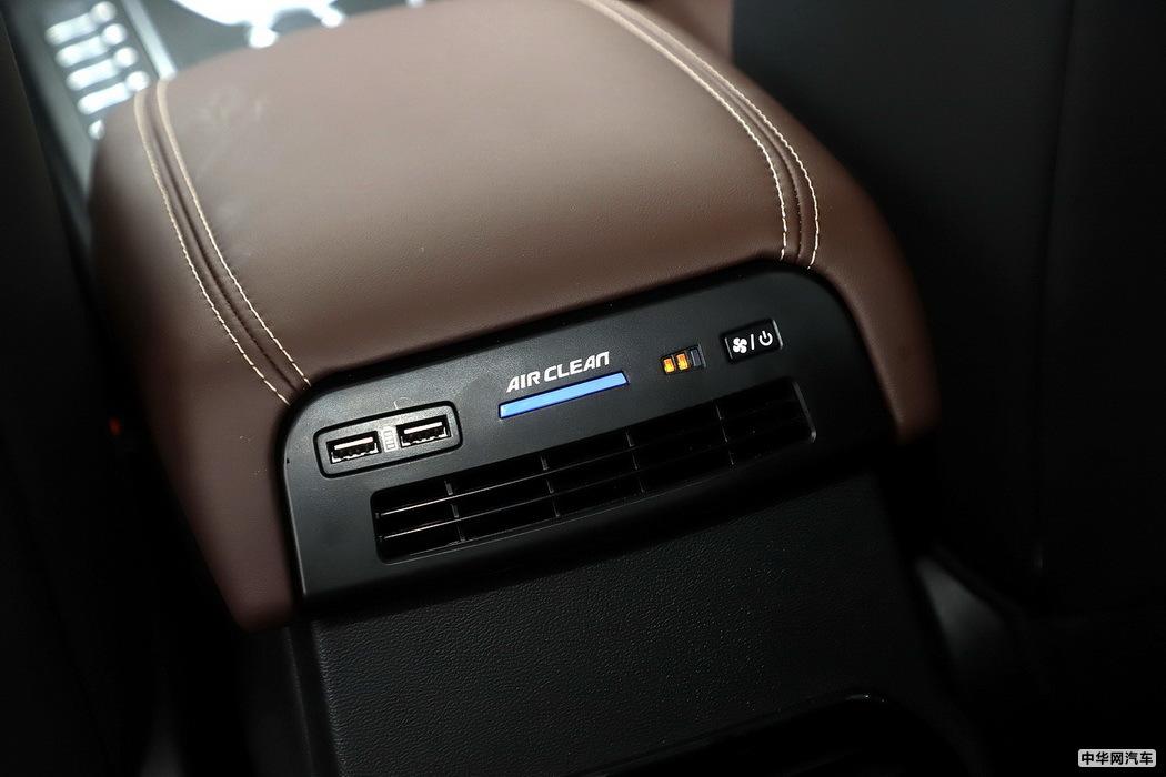 WEY VV6 2021款 2.0T 四驱智驭+ 空间