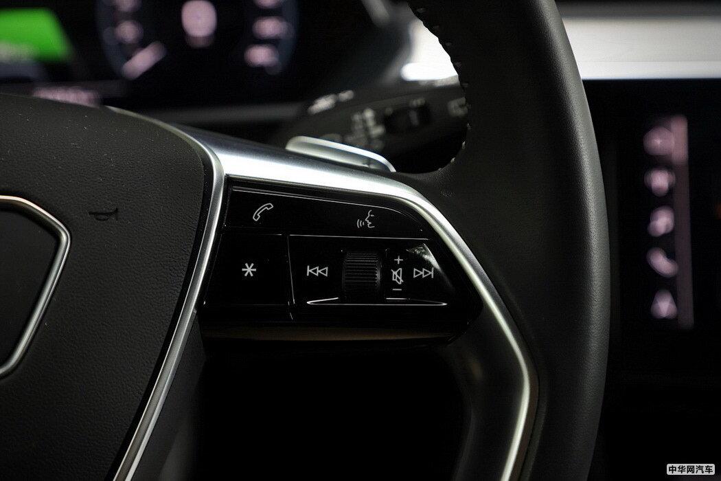 奥迪e-tron 2019款 55 quattro 专享型免税 组图