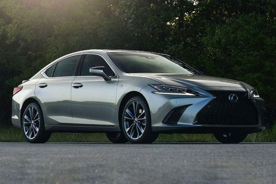 增四驱版车型 新款雷克萨斯ES官图正式发布