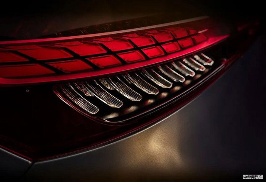 将北京车展前夕上市 新款奔驰E级长轴距版官图