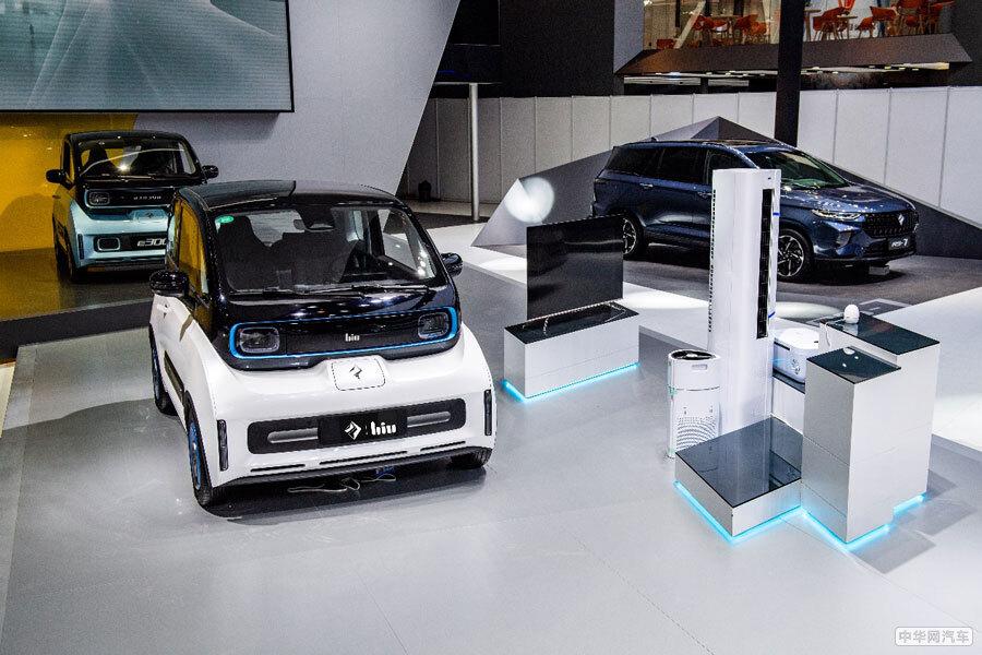 续航里程305km 新宝骏E300Biu版于北京车展发布