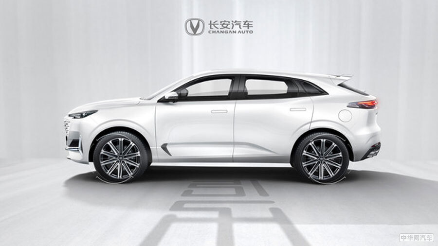 2.0T发动机+8AT/造型科幻 长安UNI-K官图发布