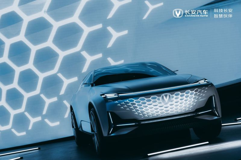 长安汽车 逐美之行 推动品牌向上之路
