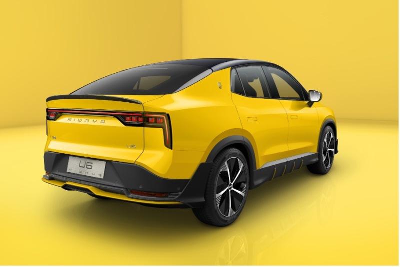 爱驰轿跑SUV量产版官图发布 设计遇见科技!