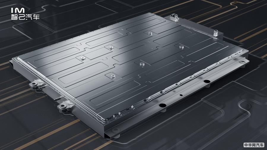 多项核心科技 智己汽车两款量产定型车全球首发