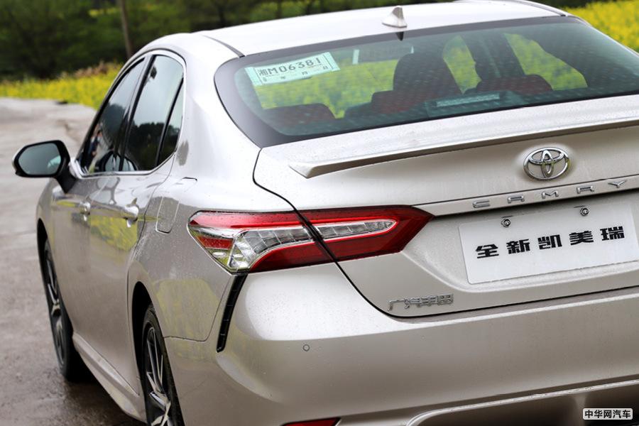 试广汽丰田新款凯美瑞 中级车标杆就应该这样