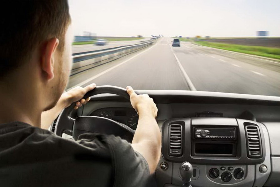 老司机都不一定懂 来看防御型驾驶技巧