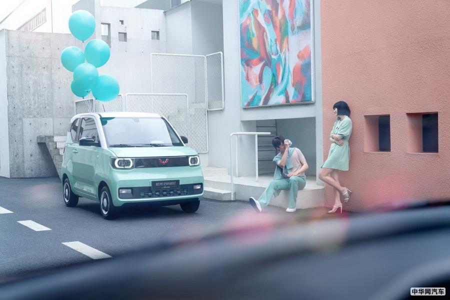 宏光MINI EV马卡龙4月8日上市 订单破2.3万辆
