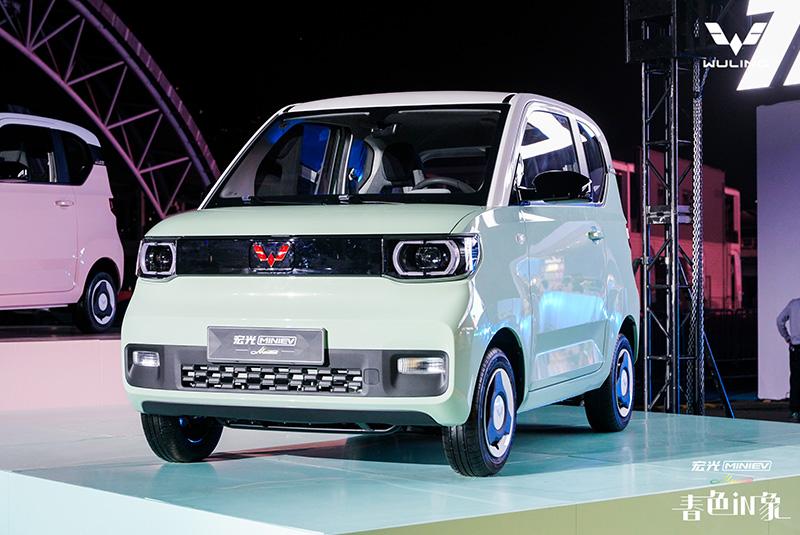 宏光MINI EV马卡龙上市 售价3.76万-4.36万元