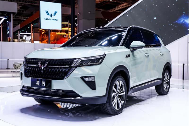 """五菱银标首款战略SUV""""星辰""""上海车展首秀-海博APP"""