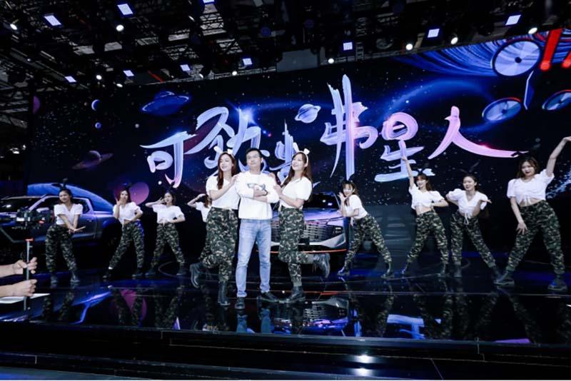 """上海车展玩出新""""激擎"""" 中国哈弗FUN新潮流"""