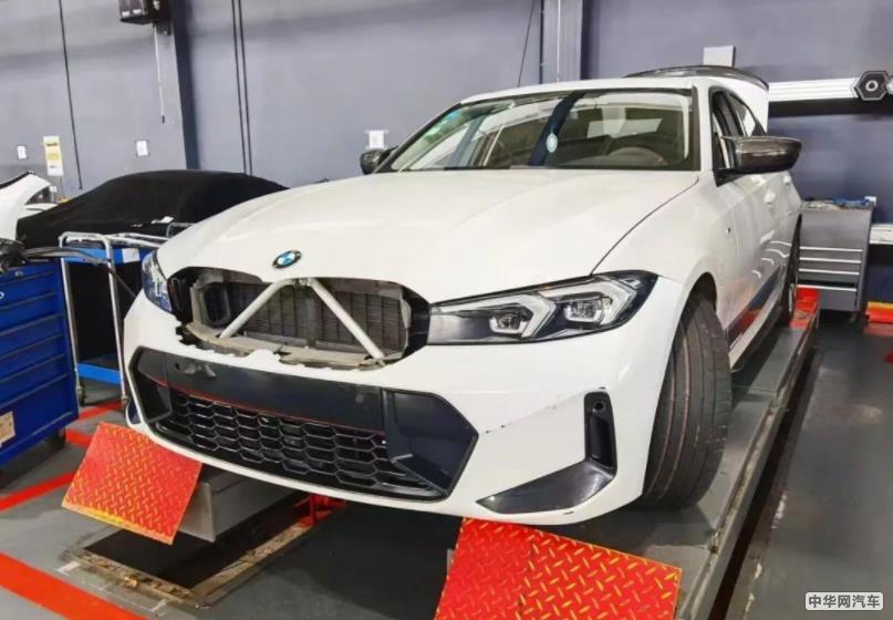 预计明年发布 曝新款宝马3系实车