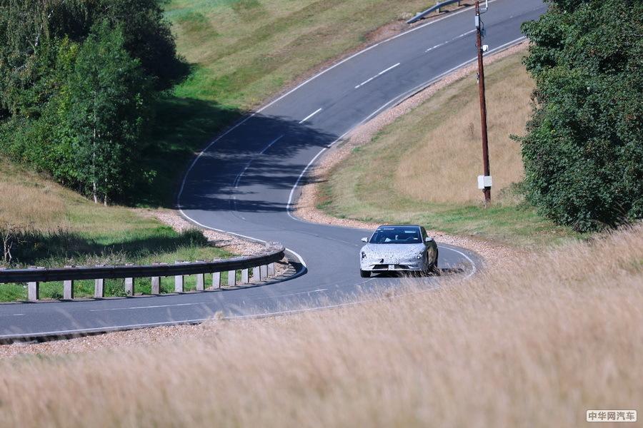 智己L7英国山路赛道测试曝光 F1威廉姆斯操刀