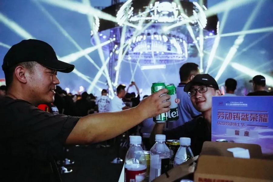 中国摩博会让你看过瘾 50款首发/千余款亮相