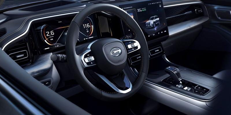 广汽传祺第二代GS8工厂下线 预售18.88万元起