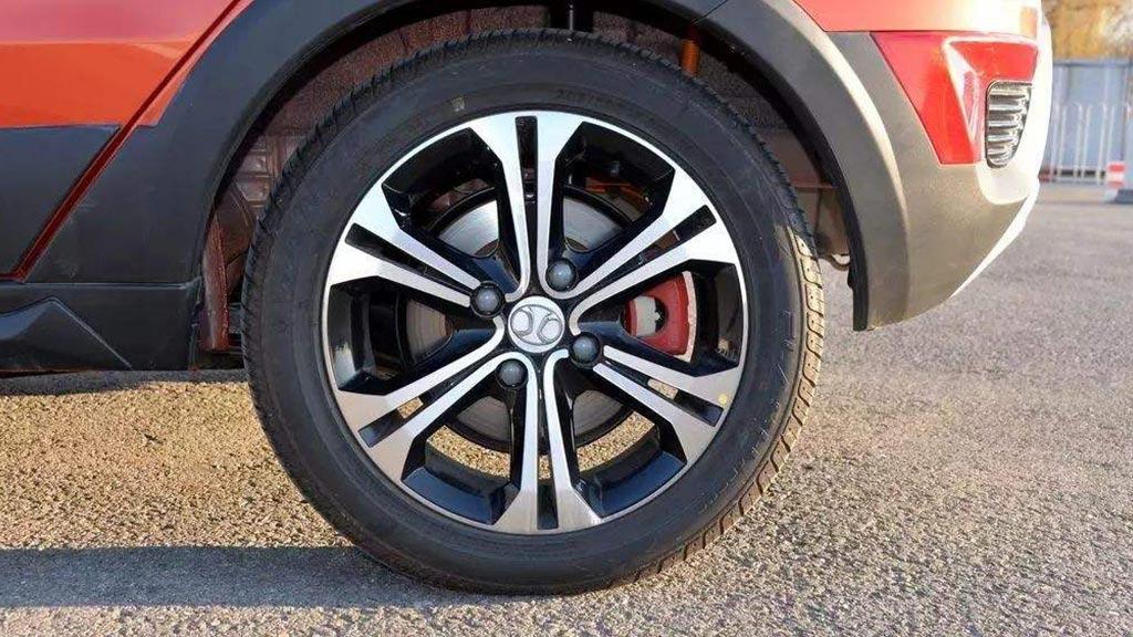 轮胎多少公里更换