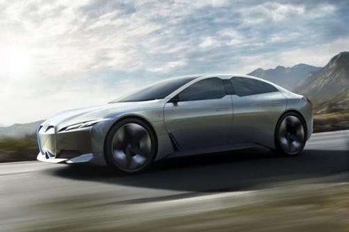 续航超过600公里 宝马将推出i7电动版
