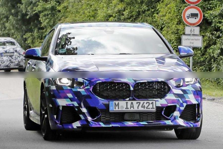 将于今年11月底正式亮相 宝马2系新车型谍照曝光