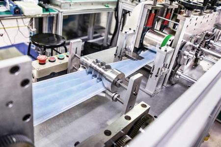 为抗疫助力 比亚迪建全球最大量产口罩工厂