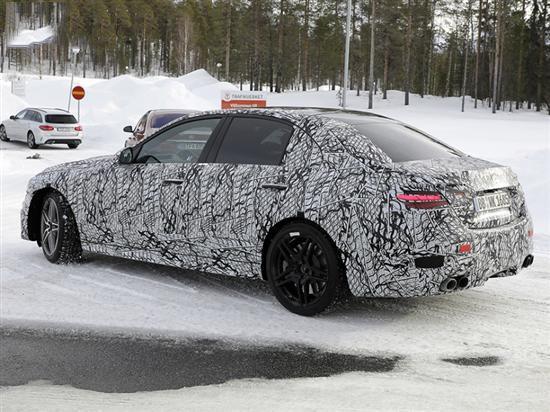 全新奔驰AMG C43曝光 3.0T发动机成为过去